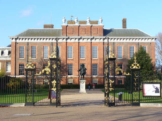 Kensington_Palace_the_South_Front_-_geograph.org_.uk_-_287402