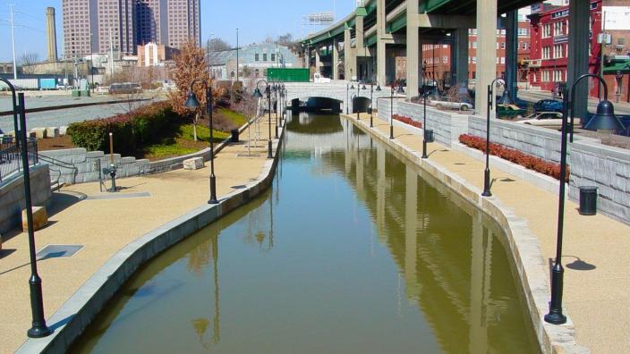 original_Canal-Walk0